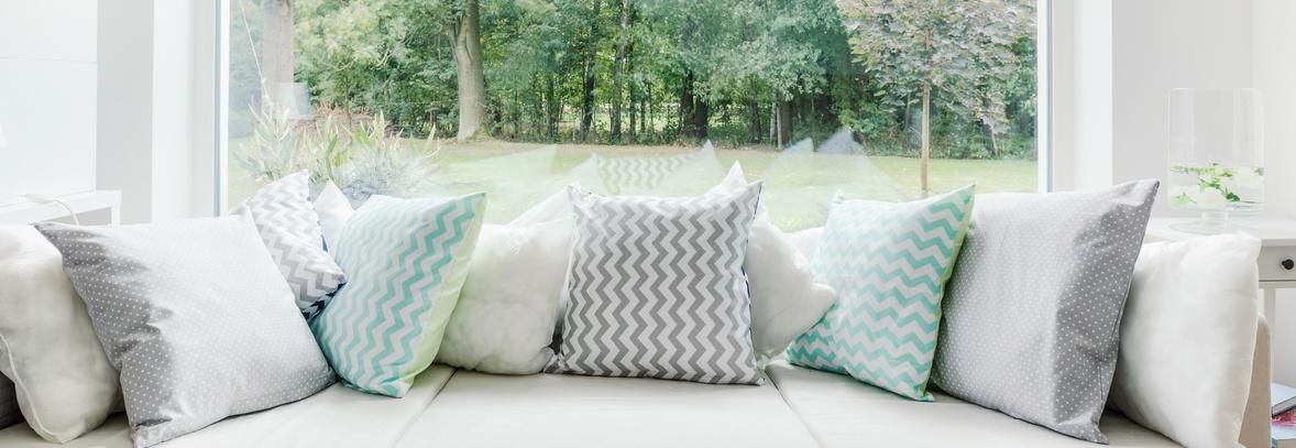 le coussin d co un accessoire indispensable blog d co id es et tendances d coration. Black Bedroom Furniture Sets. Home Design Ideas