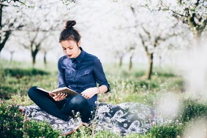 deco coin lecture au jardin
