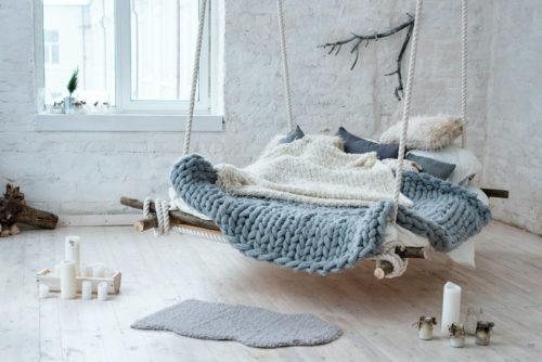 le fauteuil suspendu un cocon dans votre maison. Black Bedroom Furniture Sets. Home Design Ideas