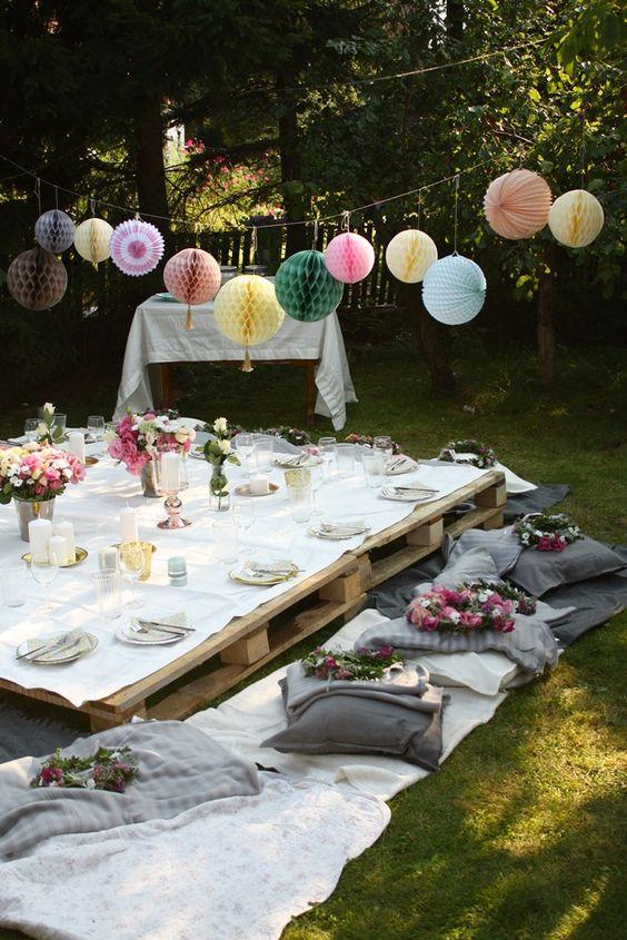 Organiser une garden party romantique