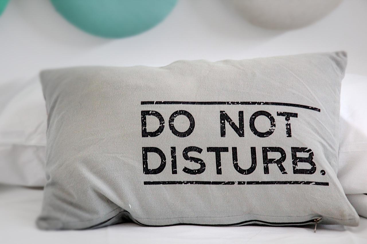 Comment choisir le meilleur oreiller pour décorer votre chambre