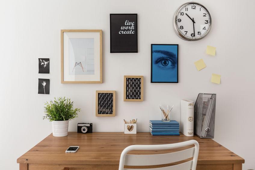 Décorez votre intérieur avec une grande horloge